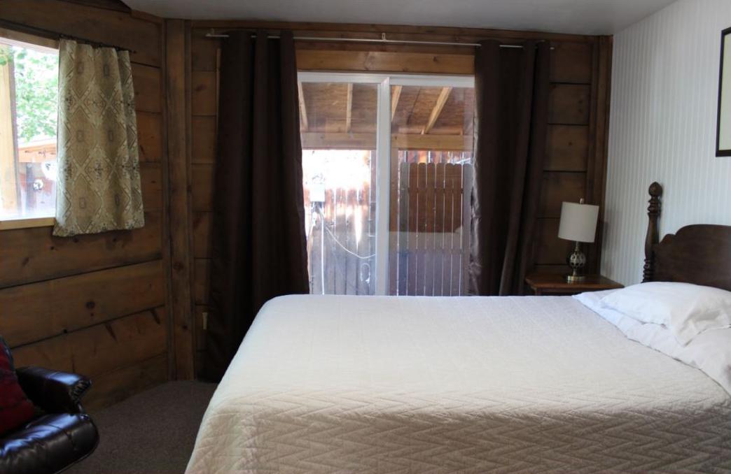 Mountain View Cabin - The Pine Lodge - San Isabel Lake - Rye Colorado